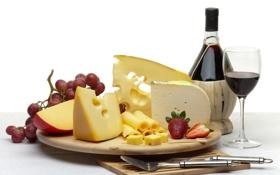 Обои вино, бокал, бутылка, сыр, клубника, виноград, нож