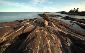 Картинка камни, берег, деревья, фото, небо, пейзаж, море