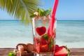 Картинка море, пальма, клубника, коктейль, трубочка, мята
