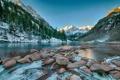 Картинка небо, снег, деревья, горы, озеро, камни