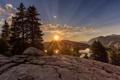 Картинка закат, пейзаж, горы, деревья, солнце