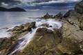 Картинка море, тучи, камни, скалы