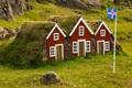 Картинка домики, камни, Исландия, трава, флаг