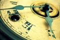 Картинка macro, antique, clock, roman numerals, key hole