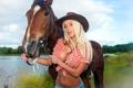 Картинка лошадь, фото, грудь, бюст, девушка, ковбой, катя самбука