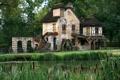 Картинка зелень, лес, лето, пруд, Франция, дома, деревня