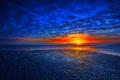 Картинка закат, облака, небо, зарево, отражение, море