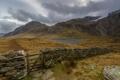 Картинка небо, горы, озеро, забор, калитка, Уэльс, Сноудония