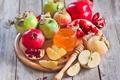 Картинка яблоки, зерна, мед, дольки, гранат, сухие листья