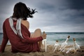 Картинка песок, море, пляж, девушка, ветер, берег, шарф