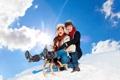 Картинка зима, девушка, снег, склон, парень, санки
