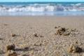 Картинка песок, море, волны, вода, макро, берег, побережье