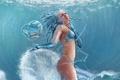 Картинка море, девушка, капли