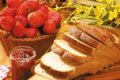 Картинка цветы, ягоды, клубника, хлеб, натюрморт, джем