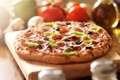 Картинка перец, пицца, оливки, колбаса, начинка