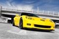 Картинка небо, облака, мост, жёлтый, Z06, Corvette, Chevrolet