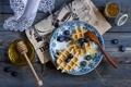 Картинка ягоды, черника, газета, мёд, вафли, лаванда, джем