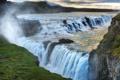 Картинка брызги, облака, скалы, трава, водопад
