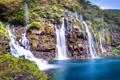 Картинка зелень, озеро, камни, скалы, водопад, мох