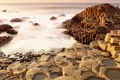 Картинка море, брызги, скалы