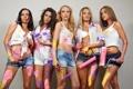 Картинка девушки, краски, блондинки, шатенки, валики, загорелые