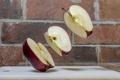 Картинка фон, яблоко, кусочки