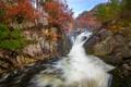 Картинка лес, осень, скалы, деревья, водопад, поток, река