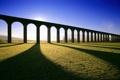 Картинка трава, небо, холмы, арки, поле, акведук, тени