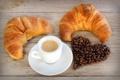 Картинка сердце, кофе, кофейные зерна, выпечка, круассаны