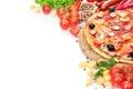 Картинка пицца, колбаски, сыр, помидоры, шампиньоны