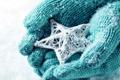 Картинка зима, снег, любовь, звезда, руки, love, star
