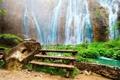 Картинка тропики, скалы, растительность, водопад, зелёная, красивейший, Amazing Waterfall