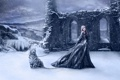 Картинка девушка, снег, горы, тучи, цепь, развалены, барс