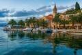 Картинка люди, небо, дома, Хорватия, пальмы, море