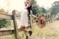 Картинка лето, девушка, забор, шляпка