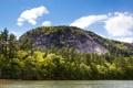 Картинка лес, небо, облака, деревья, река, скалы, берег