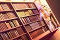 Картинка девушка, любовь, книги, библиотека, парень, game, hyper highspeed genius