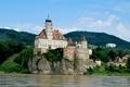 Картинка лес, река, дворец, скала, замок, Wachau, деревья