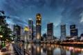Картинка Сингапур, вода, вечер, огни, город, высотки, залив