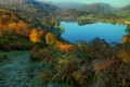 Картинка осень, деревья, горы, озеро, поля, Англия, домики