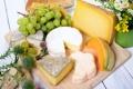 Картинка цветы, вино, сыр, хлеб, виноград, доска
