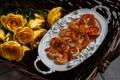 Картинка цветы, розы, креветки, морепродукты