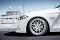 Картинка BMW, белая, диск, причал, яхты, white, бмв