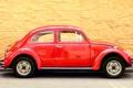 Картинка beetle, красная, volkswagen, фон, стена, машина, желтая
