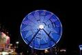 Картинка ночь, огни, аттракцион, парк развлечений, колесо́ обозрения, «чёртово колесо́»