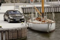 Картинка вода, купе, Mercedes-Benz, яхта, причал, порт, мерседес