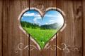 Картинка пейзаж, горы, поляна, сердце, забор, вид, деревянный