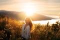 Картинка девушка, закат, свет