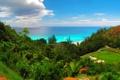 Картинка море, поле, пляж, острова, деревья, гольф, природа.