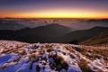 Картинка снег, закат, горы, холмы, горизонт